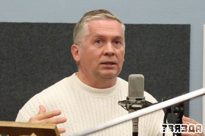 Рэжысёр Алег Вінярскі.