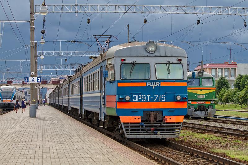 Под Минском поезд сошел срельсов