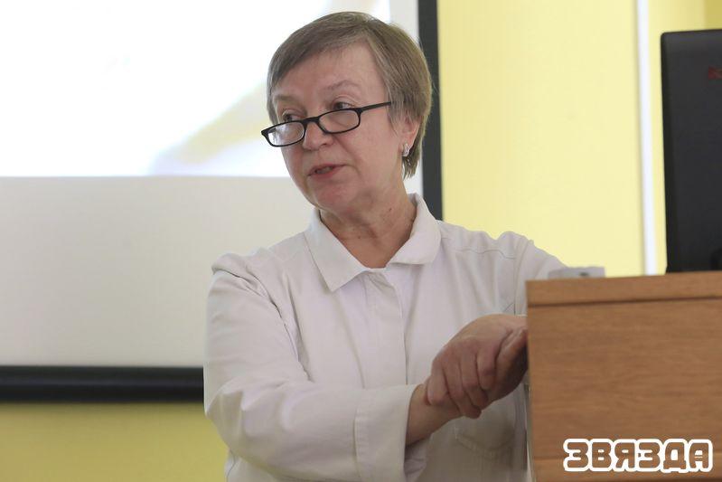 Прафесар Таццяна Імшанецкая.