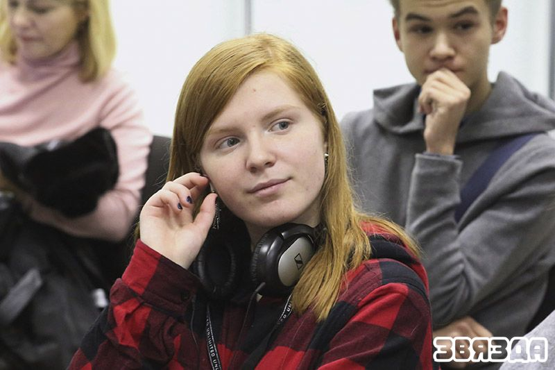 Анна Готина, ученица 9 класса столичной гимназии № 24: «То, что я постигала через множество ошибок, в «ЛИсЕ» мне объяснили доступным человеческим языком».