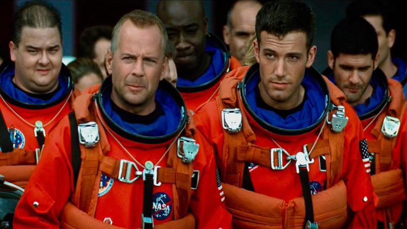 «Армагедон» у NASA паказваюць... у навучальных мэтах. Задача — знайсці ўсе 168 фізічных неадпаведнасцяў.