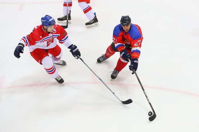 Лукашенко оконфузился вовремя хоккейного матча, вызвав смех у созерцателей