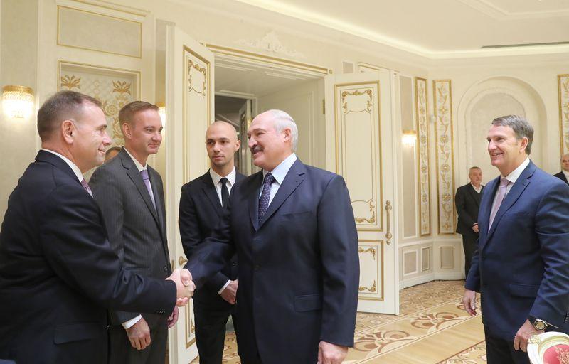 Бен Ходжэс і Аляксандр Лукашэнка