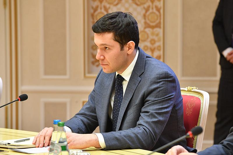Антон Аліханаў.
