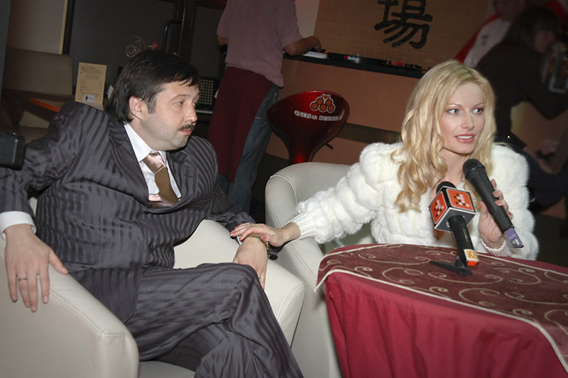 12 кастрычніка 2006 года,  у дзень афіцыйнай  рэгістрацыі шлюбу.