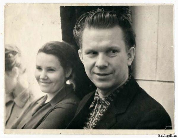 Данута Бічэль і Васіль Быкаў. 1966 год.