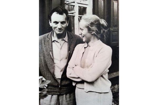 З жонкай Тамарай Фёдараўнай. Грушаўка, 1964 г.