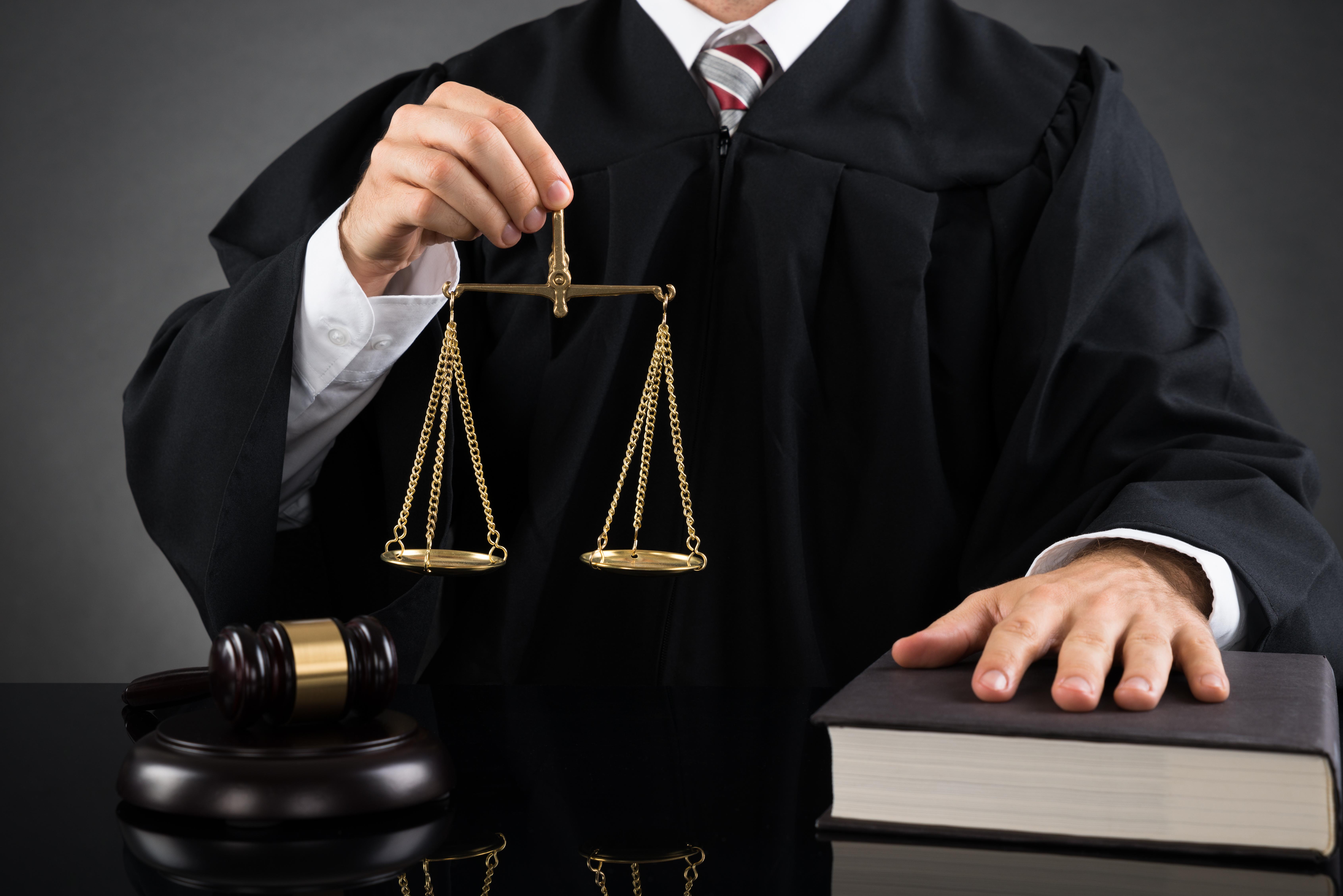 как назначается судья для рассмотрения дела