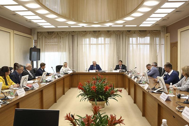 Фота з сайта урада Ніжагародскай вобласці.