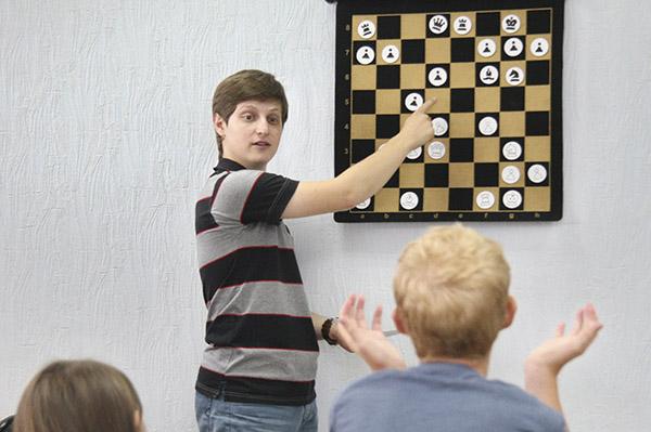 Картинки по запросу фото Виктор Барский шахматы