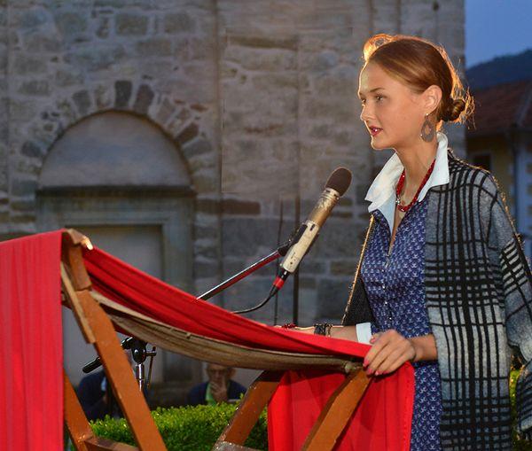 Ганна Мартынчык на сербскім міжнародным фестывалі паэзіі.