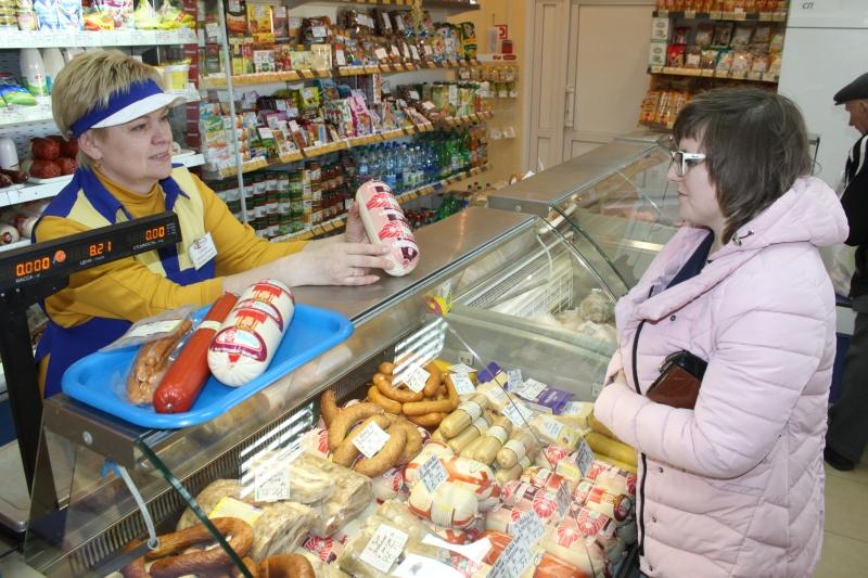 У фірменнай краме агракамбіната «Паўднёвы» заўсёды самыя свежыя і смачныя вырабы.