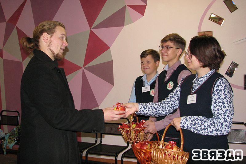 Педагог-арганізатар Васіль Галавешка.
