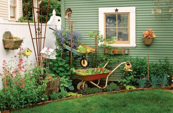 Как обустроить небольшой двор в частном доме своими руками фото 48