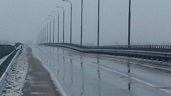 ВЖитковичском районе помосту через Припять приостановлено  движение из-за трещины
