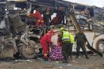 В Боливии упал в пропасть автобус с футбольной командой