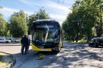 У Мінску сутыкнуліся электробус і трактар