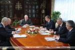 Лукашэнка: Мы не павінны спакойна назіраць за тым, як неабгрунтавана растуць цэны