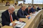 Больш за 20 пытанняў разгледзелi члены Савета Рэспублiкi на пасяджэннi сёмай сесii