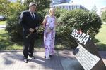К памятнику Владимиру Омельянюку возложили цветы