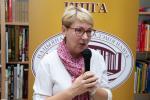 В «Академкниге» состоялась презентация книги Инессы Плескачевской «Без железного занавеса»