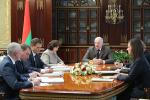 Лукашэнка правёў нараду з кіраўніцтвам Адміністрацыі Прэзідэнта