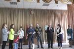 Ветераны КГБ вручили правнукам партизана почетные медали