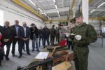 Боевые автоматы и пистолеты становятся экспонатами и учебными макетами