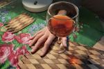 Опасная «дезинфекция». Алкоголь не спасет от коронавируса, но добавит проблем
