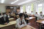 Корреспондент «Звязды» пожаловал на церемонию последнего звонка и побывал на первых в жизни экзаменах девятиклассников