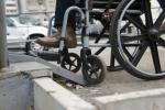 Возможно ли колясочнику вести нормальную жизнь в городской среде?
