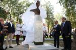 Бюст узбекского поэта Алишера Навои открыли в Минске