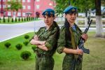 История сестер-близнецов, которые служат в десанте