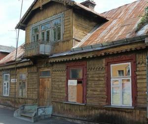 Дворики с сюрпризом, замковая история и белорусский сфинкс, или По Беларуси на диване