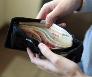 Заробак у 2000 рублёў і больш атрымліваюць 1,6 працэнта беларусаў