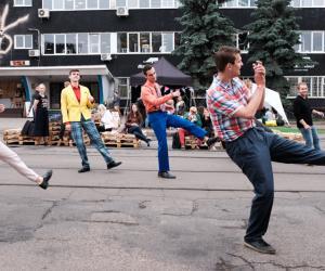 На Октябрьской в Минске прошел фестиваль городской культуры