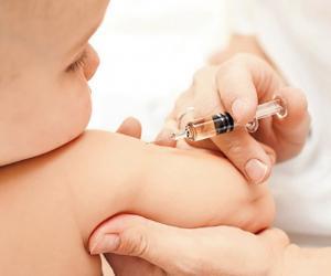 Количество «антипрививочников» снижается, поскольку вакцины доказывают свою эффективность
