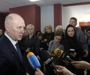 Уладзімір Краўцоў правёў прэс-канферэнцыю ў Скідзелі