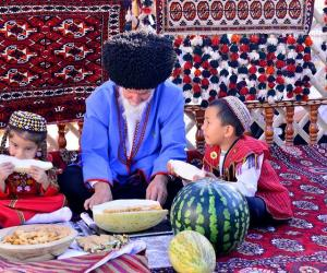 ТОП-5 адметных традыцый Туркменістана