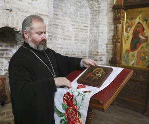 В Гродно привезли икону с антикварного аукциона в Германии