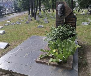 История сохраняется в мелочах. Как правильно реставрировать кладбище?
