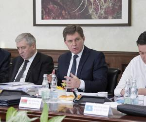 Петришенко: Называть ЕАЭС экономическим союзом сегодня можно только авансом