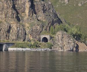 Куда исчезло золото Колчака и почему в Байкале не ищут утопленников