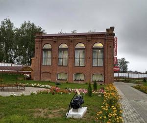 Новый музей и уличные часы теперь есть в Дубровно