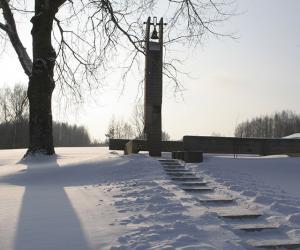 О чем колокола Хатыни звонят сегодня?