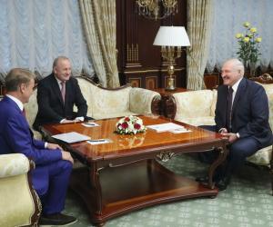 Лукашэнка Грэфу: Удзячны за тое, што вы працягваеце працаваць у Беларусі пры ўсіх праблемах