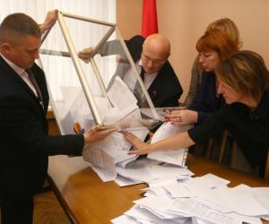 Выбары ў Савет Рэспублікі адбыліся ў Беларусі