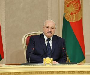 Лукашэнка: Да 100 мільёнаў долараў нам трэба імкнуцца ў тавараабароце з Омскай вобласцю