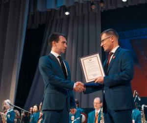 Святочны канцэрт, прысвечаны 100-годдзю камсамола Беларусi, прайшоў у Мiнску