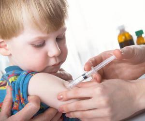Педиатр: Если решили привить ребенка от гриппа, не надо медлить